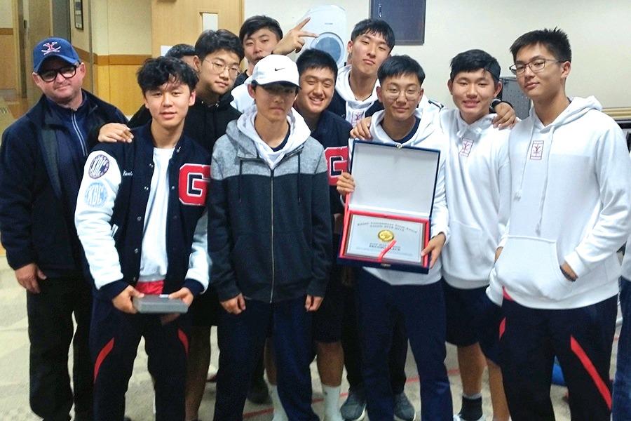 Varsity Boys Tennis KAIAC Tournament